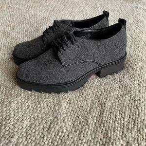 ZARA trf wool shoe, new oxford